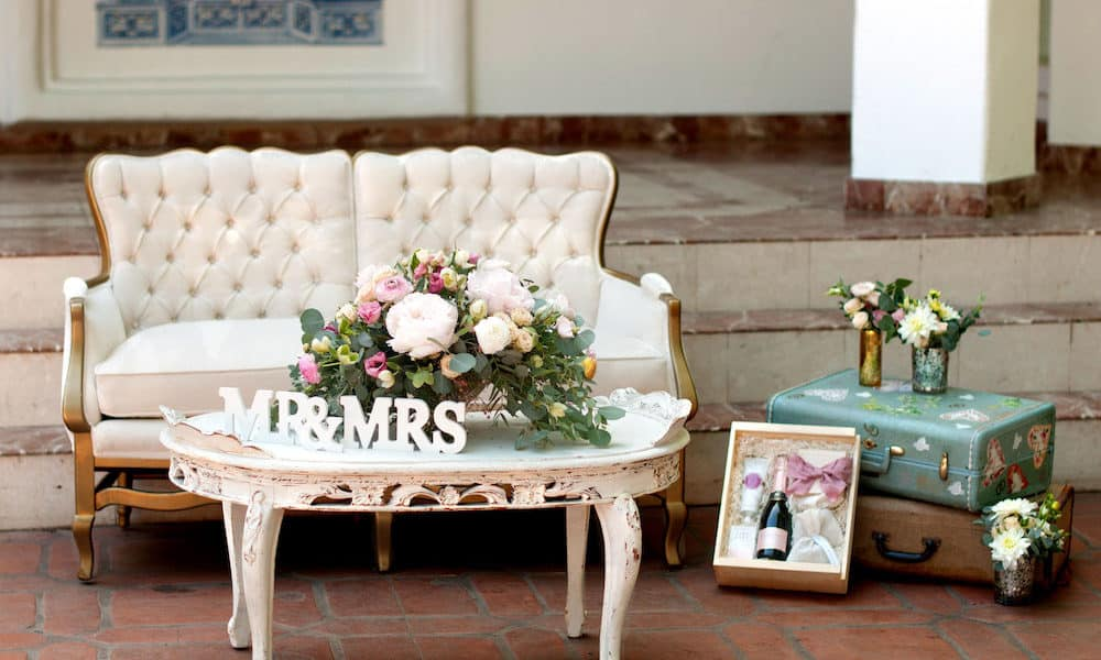 Vintage-Inspired Elegant Styled Shoot