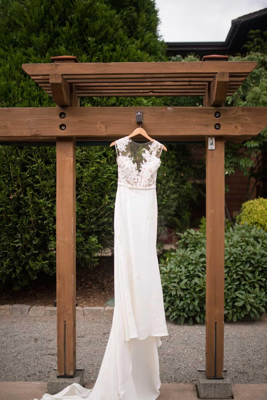 Rustic Charm Seattle Wedding: Tzlil & Andy | Cake & Lace Wedding Blog