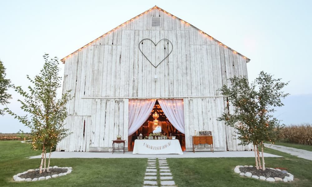 Charming Rustic Barn Wedding Inspiration