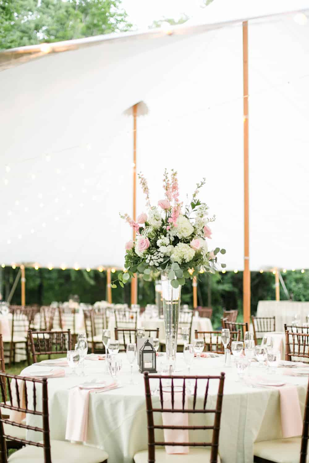 9 Strickland_Fotino_DeborahZoePhotography_backyardweddingdeborahzoe0079_low
