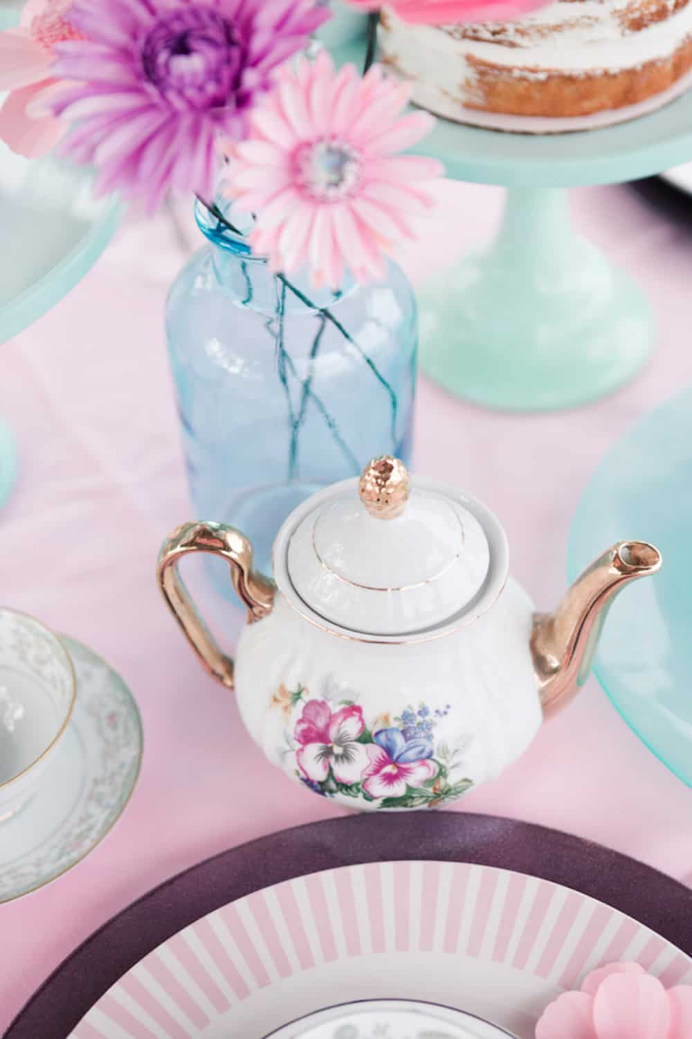 9BWright_CWrightPhotography_MothersDayHighTeaStyledShootbyCWrightPhotography23_low