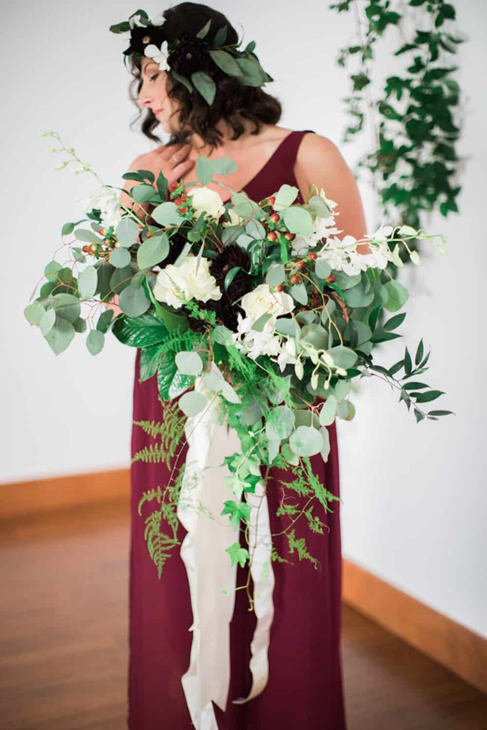 11 AndrewTianna_RomanticFloralWineWeddingStudioatChelseaCommonsChesapeakeVAAndrewTiannaPhotography176_low