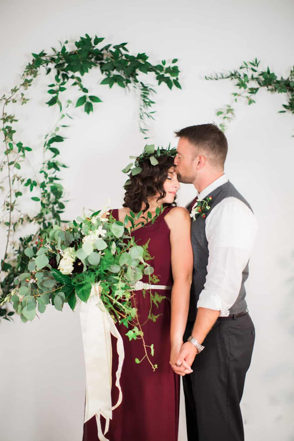 15 AndrewTianna_RomanticFloralWineWeddingStudioatChelseaCommonsChesapeakeVAAndrewTiannaPhotography308_low