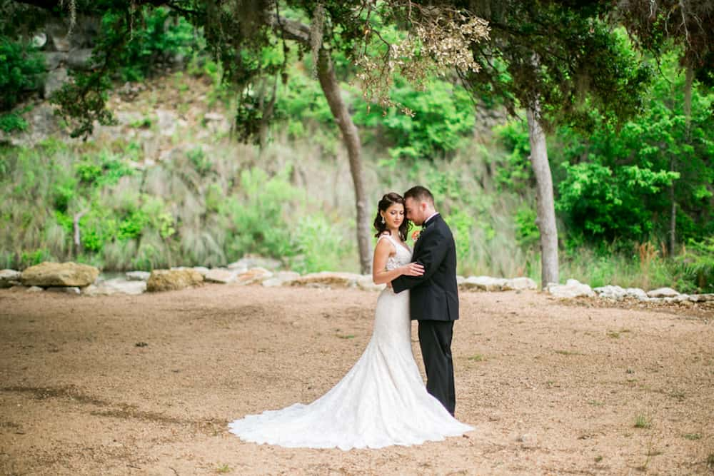 FEATURE PineandBlossomPhotography_HiddenFallsStyledWedding300_low