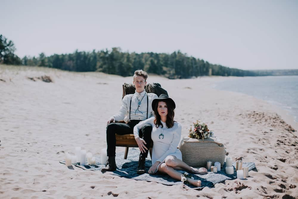 11 VafaPhotography_NorthernMichiganBohemianWeddingInspirationVafaPhoto65_low
