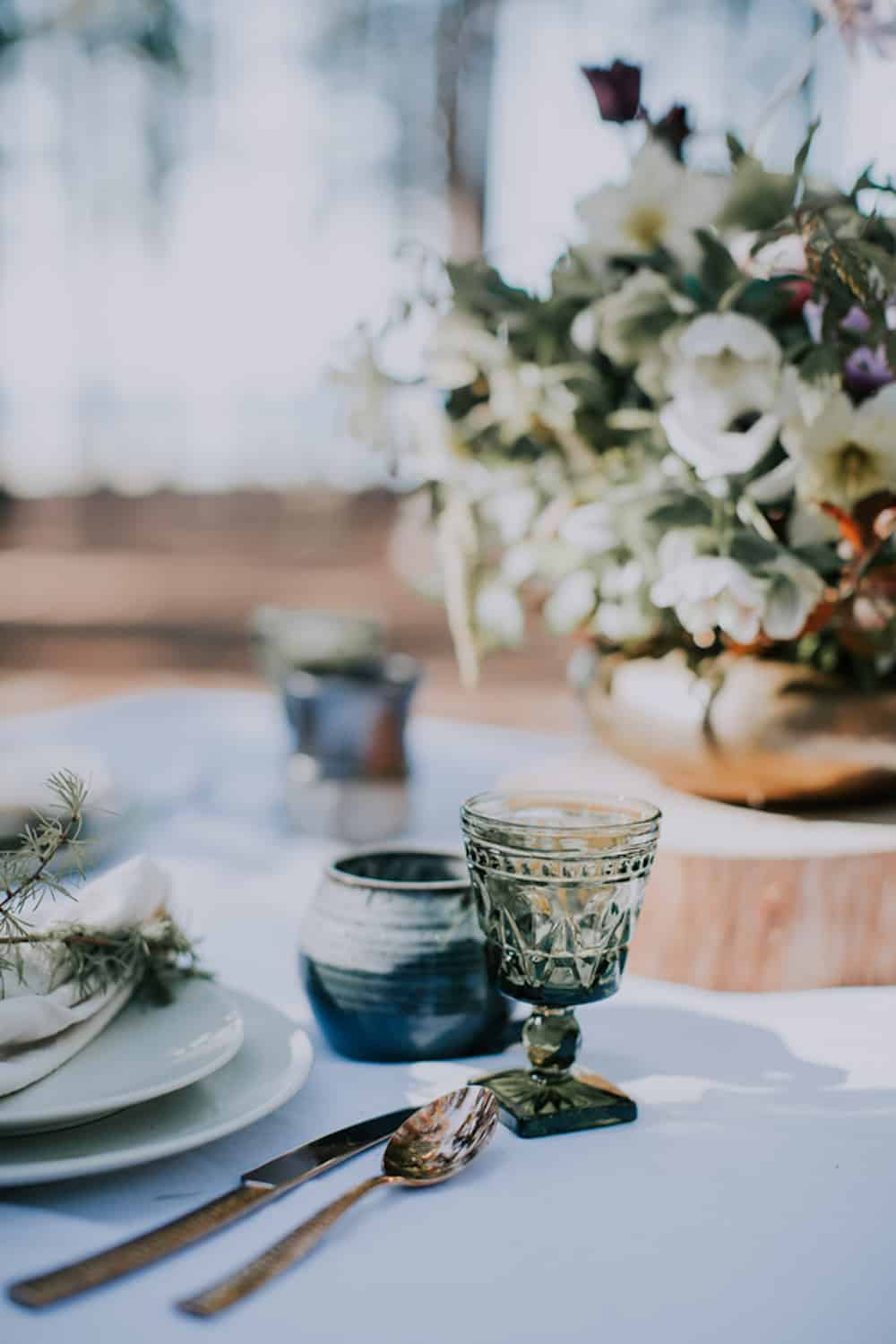 4 VafaPhotography_NorthernMichiganBohemianWeddingInspirationVafaPhoto339_low