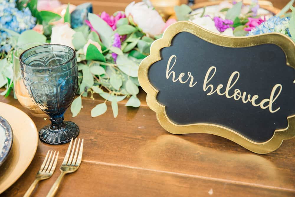 8 KortneyBoyettPhotography_HeadTable73_low