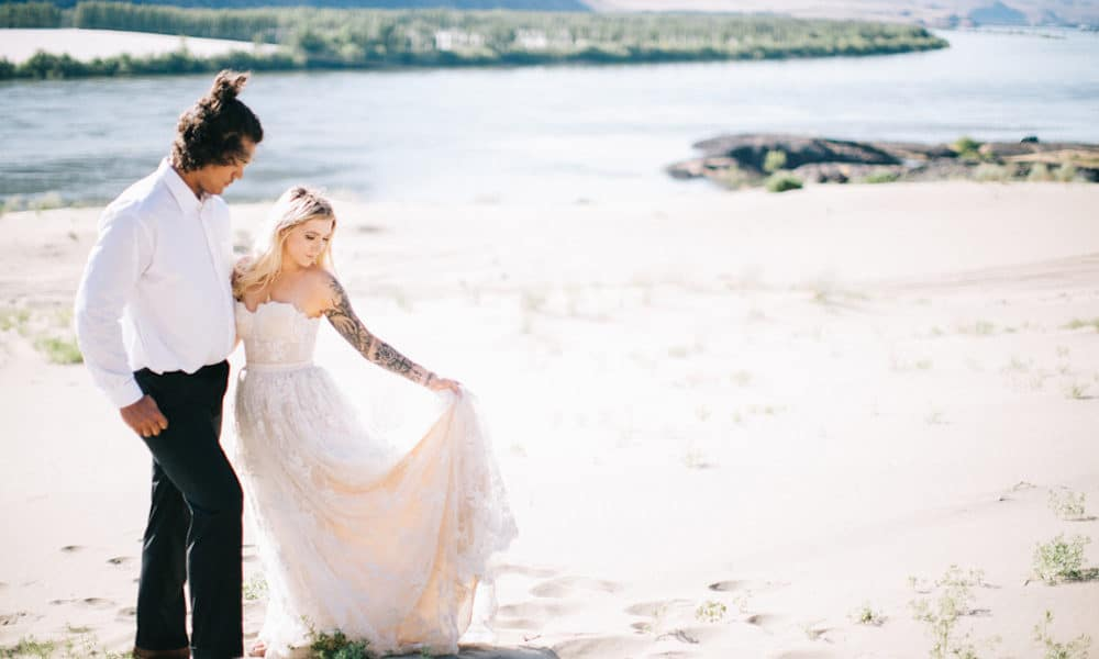 Dreamy Ethereal Desert Elopement with Pretty Neutrals