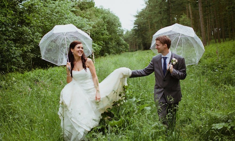 10 Things You Need to Know About Planning a Winter Wedding