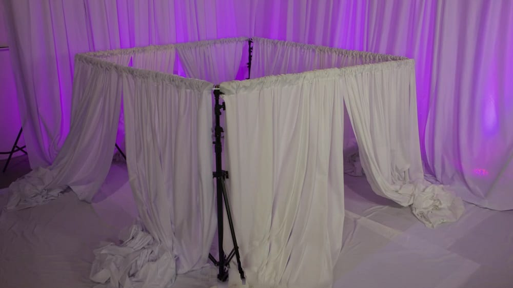 diy wedding cake canopy how to put up a diy wedding canopy in 5 easy steps cake 13627