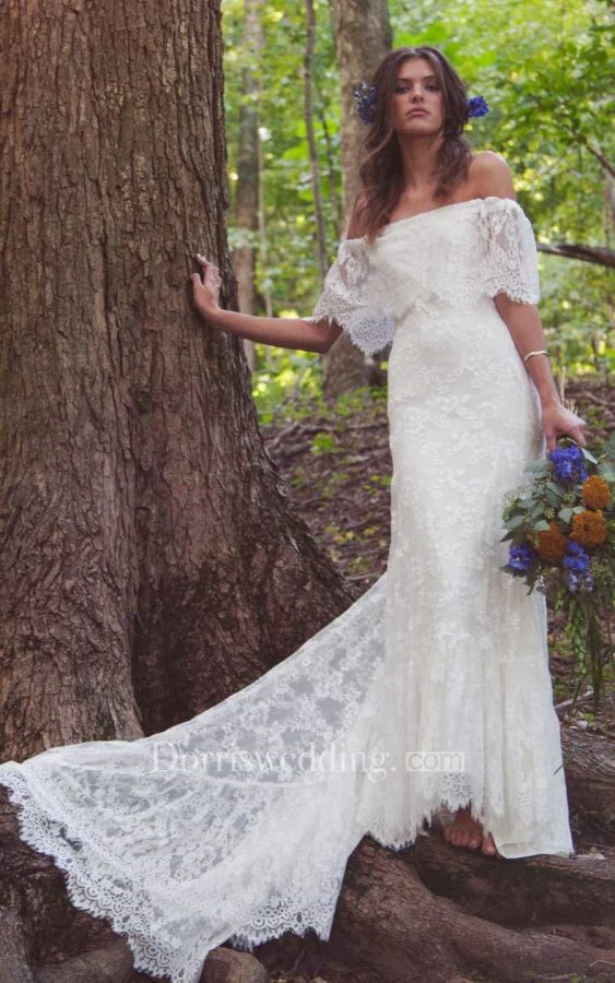 Lace fan train wedding dress