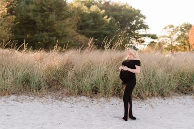 Pretty Little Maternity Session at the Beach