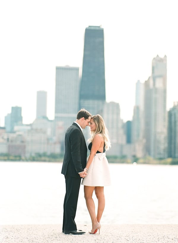 chicago skyline engagement shoot