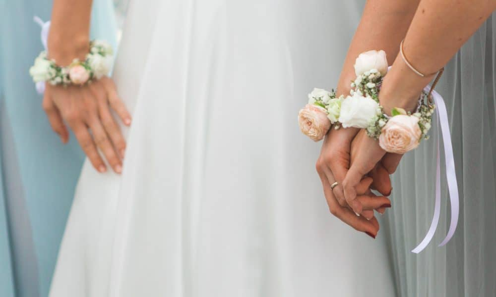 10 Unique Bridesmaids Gifts Your Girls Will Love