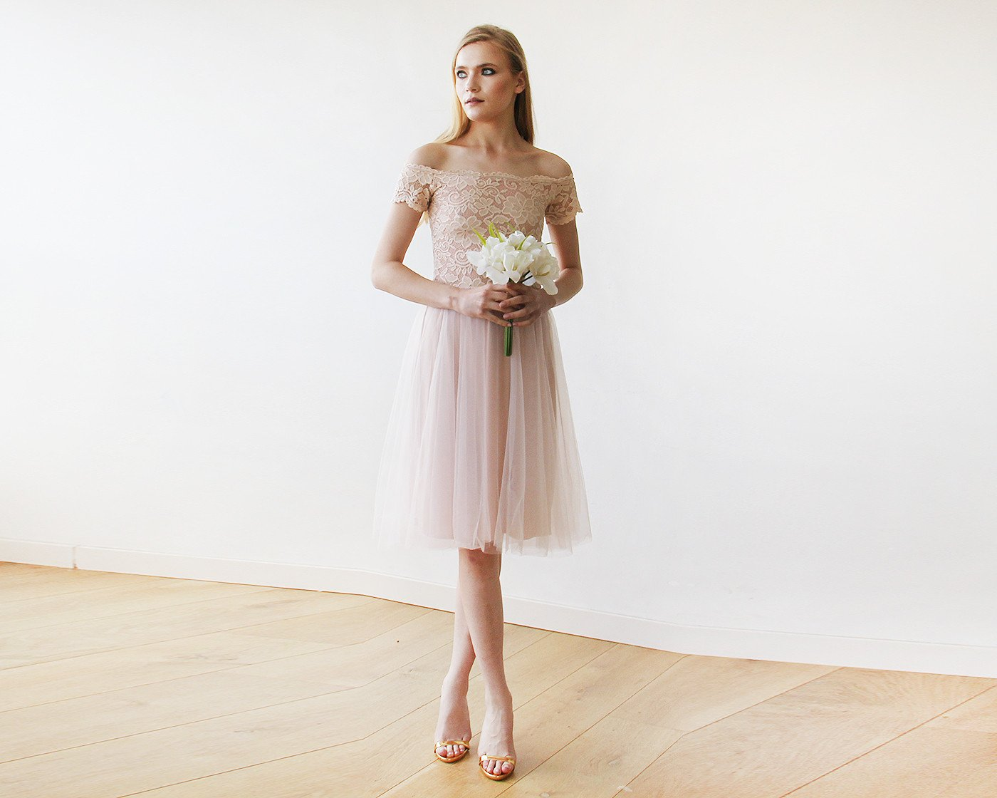 Off-the-Shoulders Blush Pink Tulle & Lace Midi Short Sleeves Dress