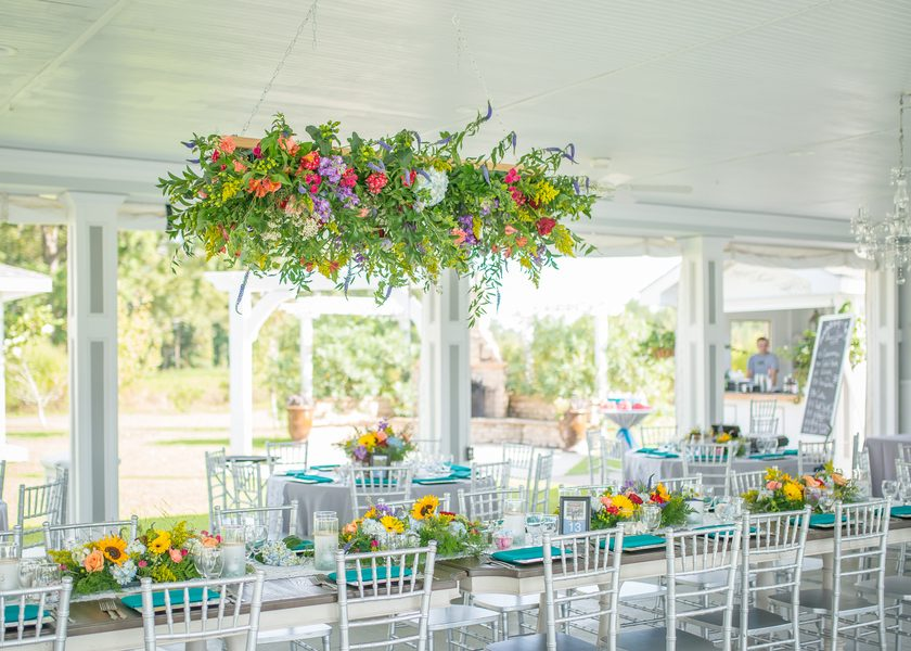 Sound-side Romantic and Classic Wedding at Neuse Breeze
