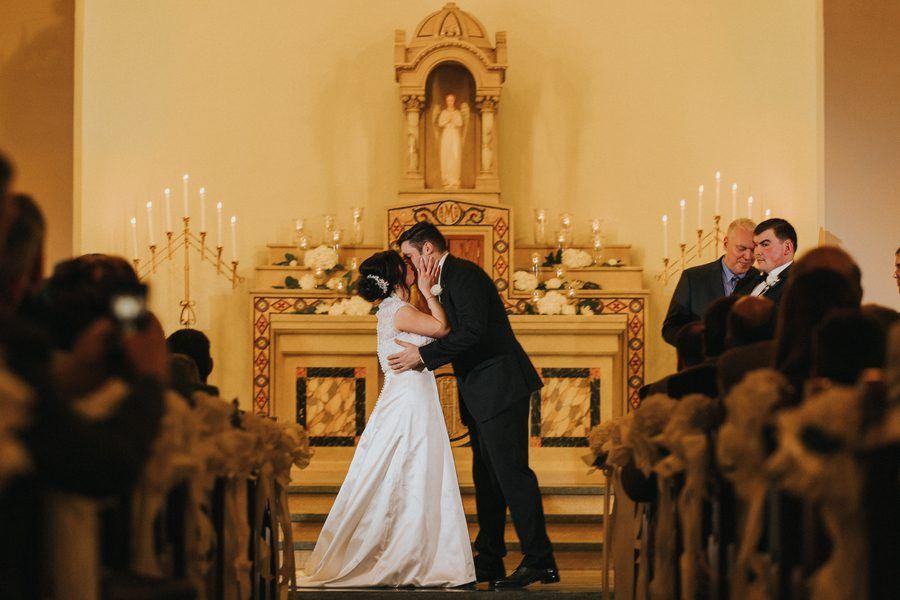Elegant Black and Ivory Ohio Wedding