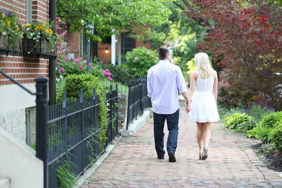 Romantic Spring Engagement Photos at Scioto Audubon: An Absolute Must-See