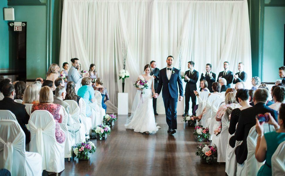 Love at First Sight: A Swoon-Worthy Wedding Day