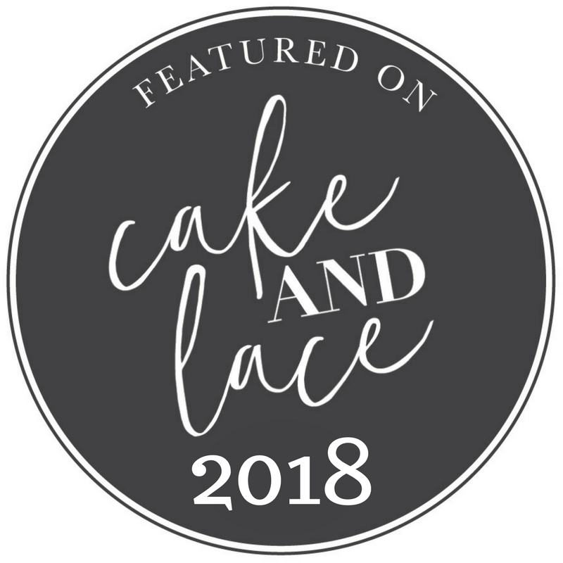 Cake and Lace Wedding Blog Badges