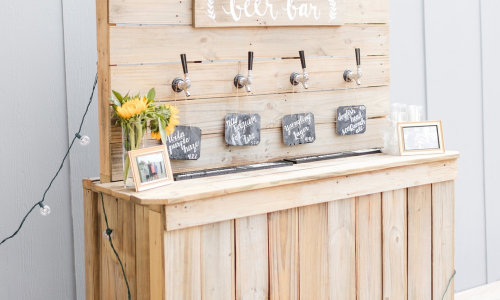 This DIY Sunflower Bride Made Her Own Craft Beer Bar!