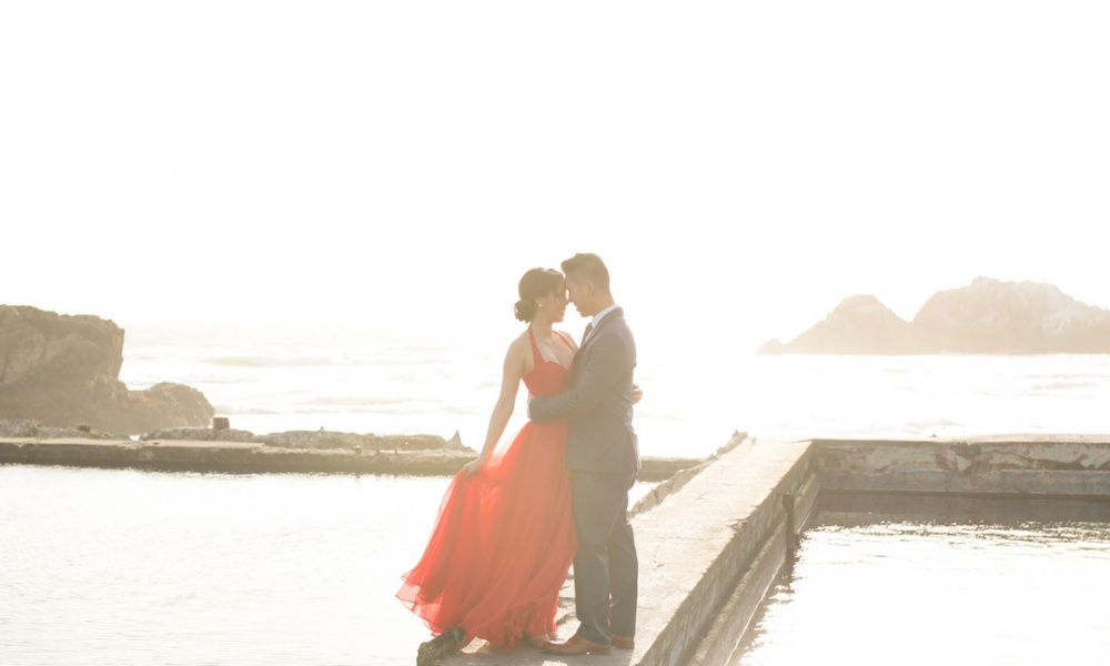 Romantic Red, White and Blue Engagement in San Francisco