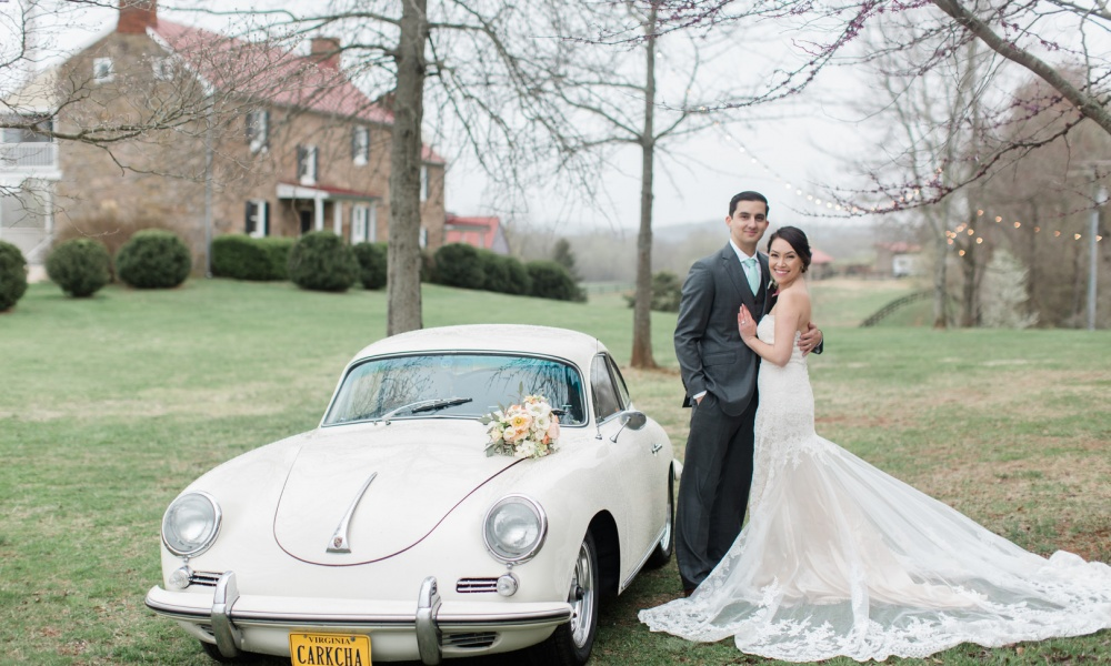 A Beautiful Spring Wedding on the Riverside