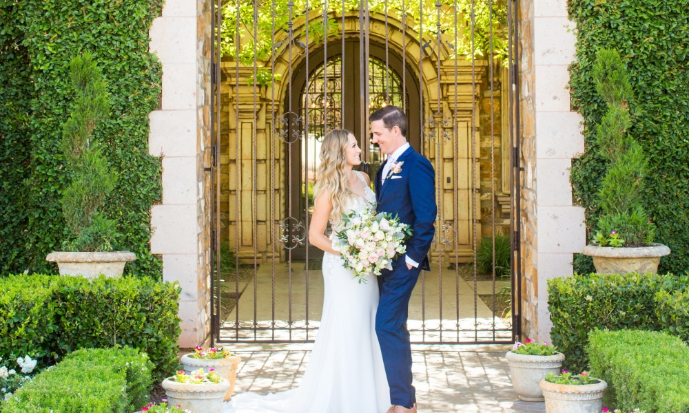Handwritten And Heartfelt Vows Never Go Out Of Style In This Elegant Soft Wedding at the Magical Villa Siena